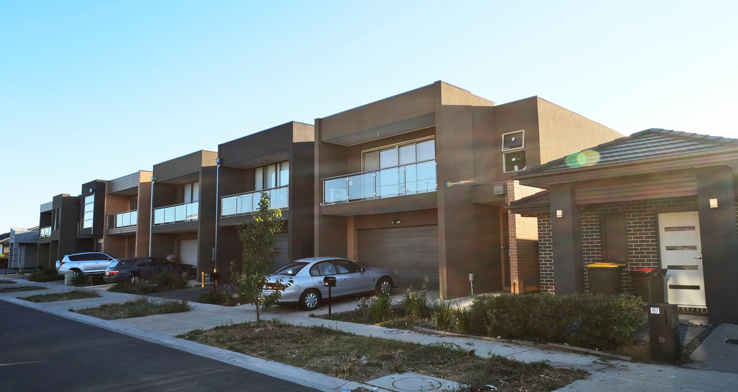 Hebel installers melbourne powerwall solutions for Townhouse construction cost